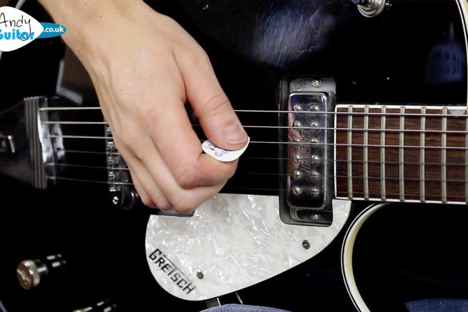 Best Picking Exercise for Beginners - Alternate Picking Guitar Lesson