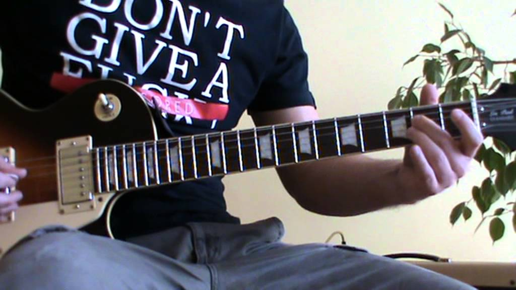 She Moves In Her Own Way solo cover with TAB (guitar solo lesson)